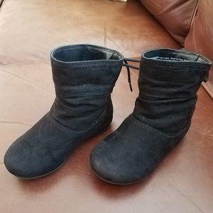 Super cute little girl black boots
